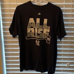 """All Rise"" Yankees #99 Aaron judge T-shirt size L"